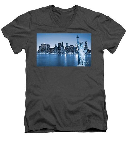 Manhattan Skyline Men's V-Neck T-Shirt