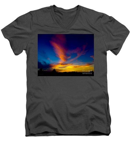 Sunset March 31, 2018 Men's V-Neck T-Shirt