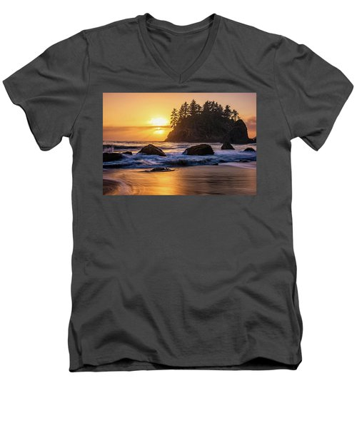 Marine Layer Sunset At Trinidad, California Men's V-Neck T-Shirt