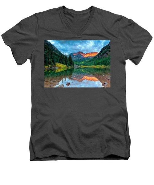 Maroon Bells Sunrise Men's V-Neck T-Shirt