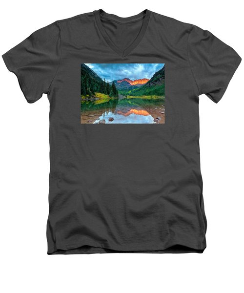 Maroon Bells Sunrise Men's V-Neck T-Shirt