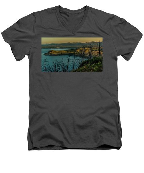 Mary Bay At Dawn Men's V-Neck T-Shirt by Yeates Photography