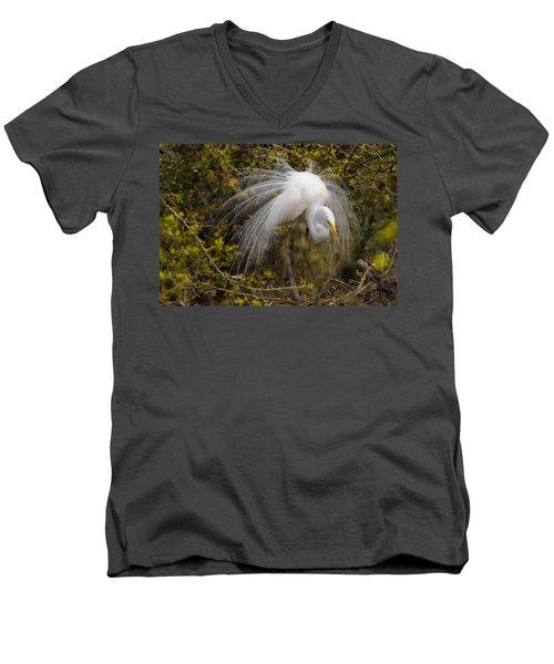 Mating Egret Men's V-Neck T-Shirt