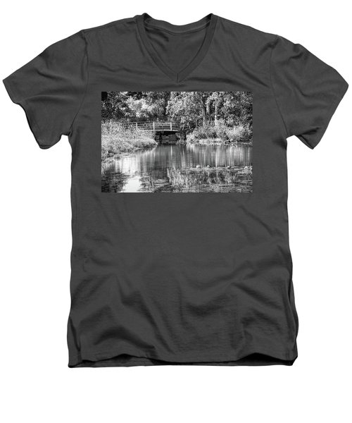 Matthaei Botanical Gardens Black And White Men's V-Neck T-Shirt