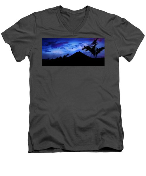 Mauii Men's V-Neck T-Shirt