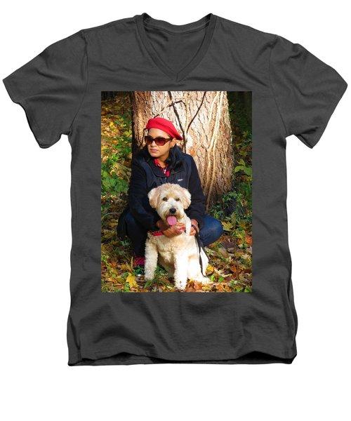 Max Baby Men's V-Neck T-Shirt