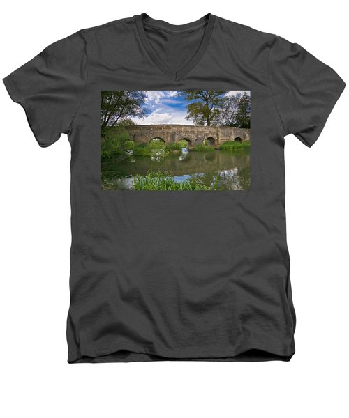 Medieval Bridge Men's V-Neck T-Shirt
