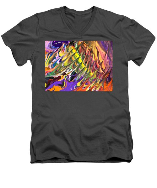 Melted Swirl Men's V-Neck T-Shirt