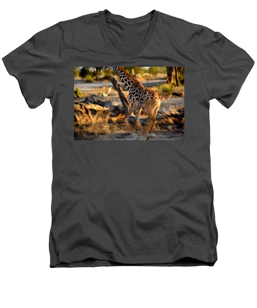 Meru 5 Men's V-Neck T-Shirt