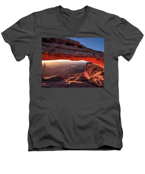Mesa Arch At Sunrise 2, Canyonlands National Park, Utah Men's V-Neck T-Shirt