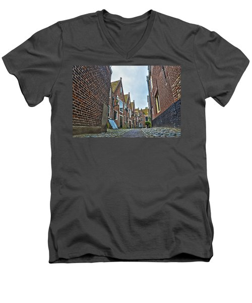 Middelburg Alley Men's V-Neck T-Shirt