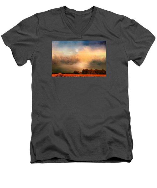 Midwest Harvest Moon Men's V-Neck T-Shirt