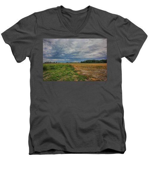 Midwest Weather Men's V-Neck T-Shirt