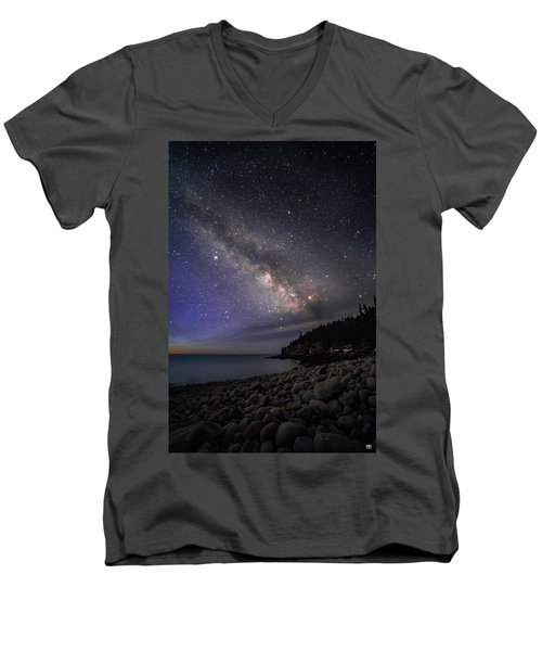 Milky Way Over Boulder Beach Men's V-Neck T-Shirt