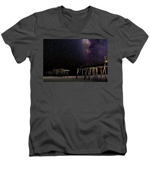 Milky Way Over Frisco Men's V-Neck T-Shirt