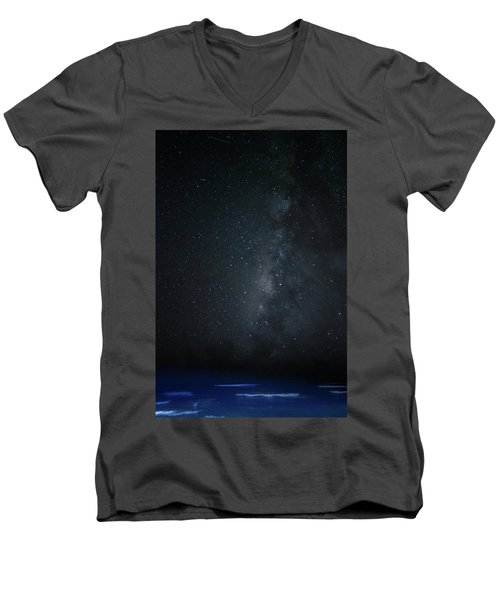 Milky Way Over Poipu Beach Men's V-Neck T-Shirt by Roger Mullenhour