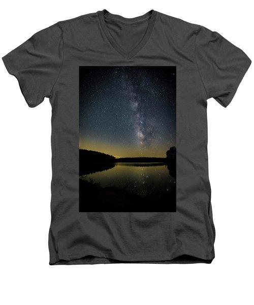 Milky Way Over Price Lake Men's V-Neck T-Shirt
