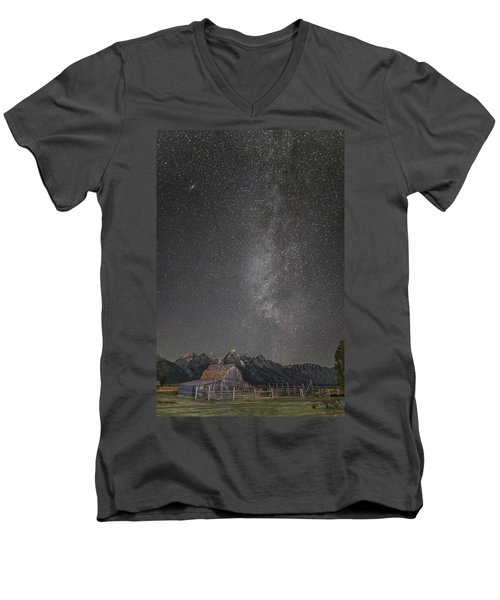 Men's V-Neck T-Shirt featuring the photograph Milkyway Over The John Moulton Barn by Roman Kurywczak