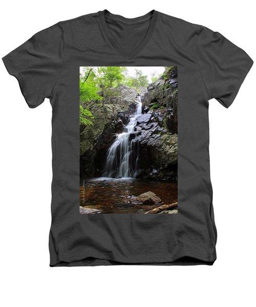 Mina Suak Falls, Mo. Men's V-Neck T-Shirt