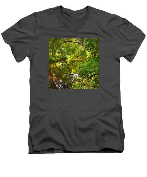 Men's V-Neck T-Shirt featuring the photograph Minnesota Living by Lisa Piper