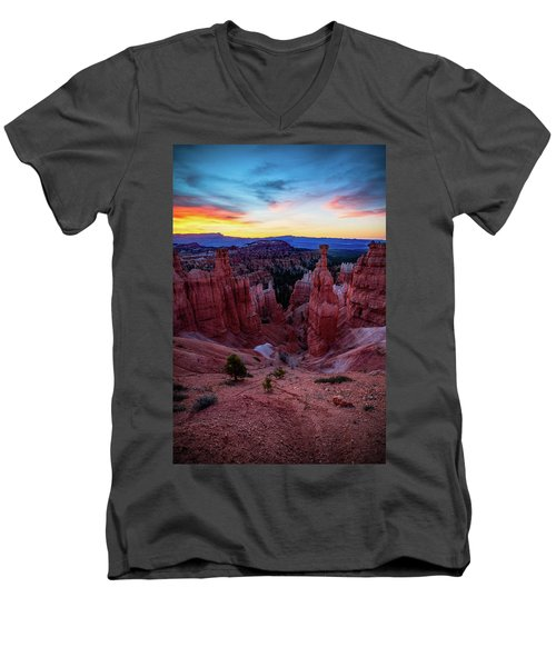 Thor's Light Men's V-Neck T-Shirt
