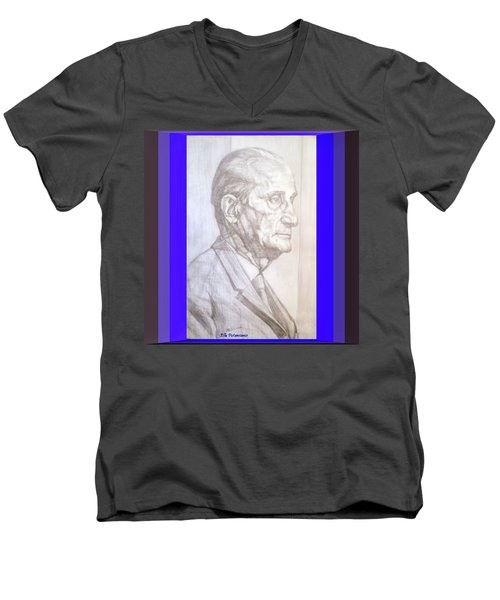 Model Framed Men's V-Neck T-Shirt