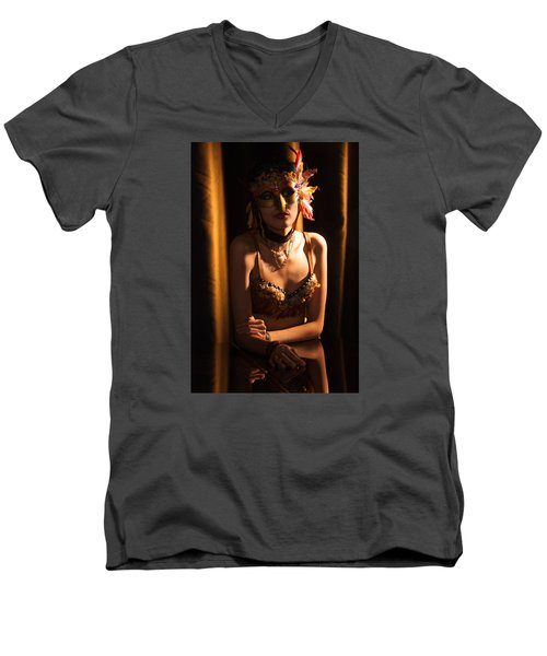 Mona 2 Men's V-Neck T-Shirt