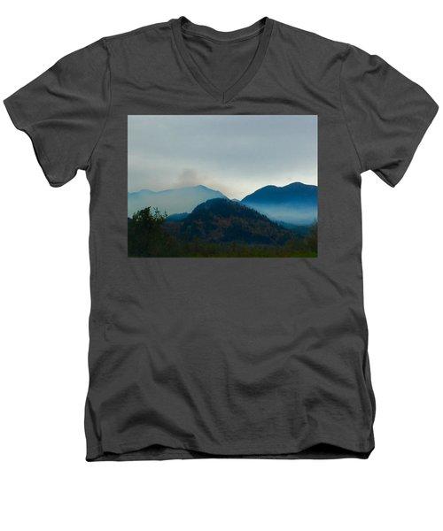 Montana Mountains Men's V-Neck T-Shirt