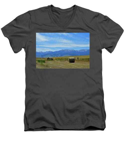 Montana Scene Men's V-Neck T-Shirt