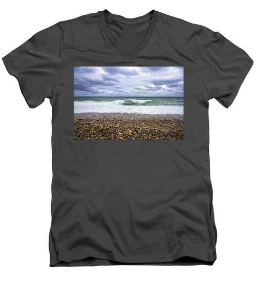 Montauk Shore Break Men's V-Neck T-Shirt