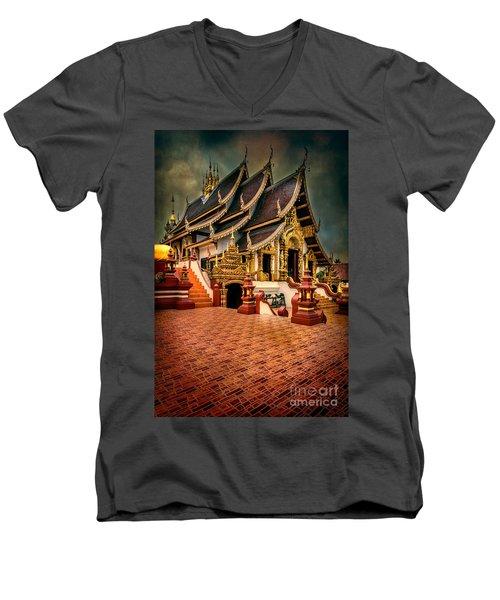 Monthian Temple Chiang Mai  Men's V-Neck T-Shirt