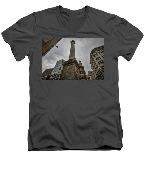 Monument To The Great Fire Of London Men's V-Neck T-Shirt