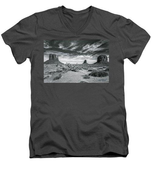 Monument Valley Men's V-Neck T-Shirt