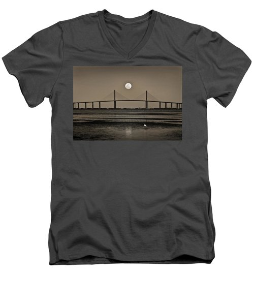 Moonrise Over Skyway Bridge Men's V-Neck T-Shirt