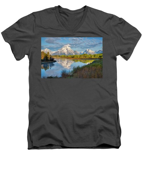 Morning At Oxbow Bend Men's V-Neck T-Shirt