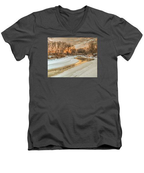 Morning Light On The Riverbank Men's V-Neck T-Shirt