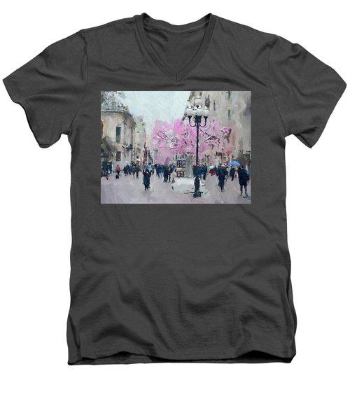 Moscow Arbat Street View Men's V-Neck T-Shirt