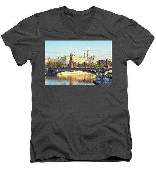 Moscow, Kremlin Men's V-Neck T-Shirt