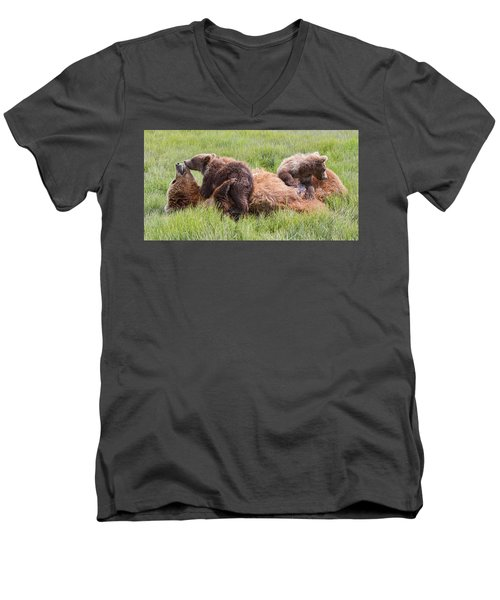 Mother Grizzly Suckling Twin Cubs Men's V-Neck T-Shirt