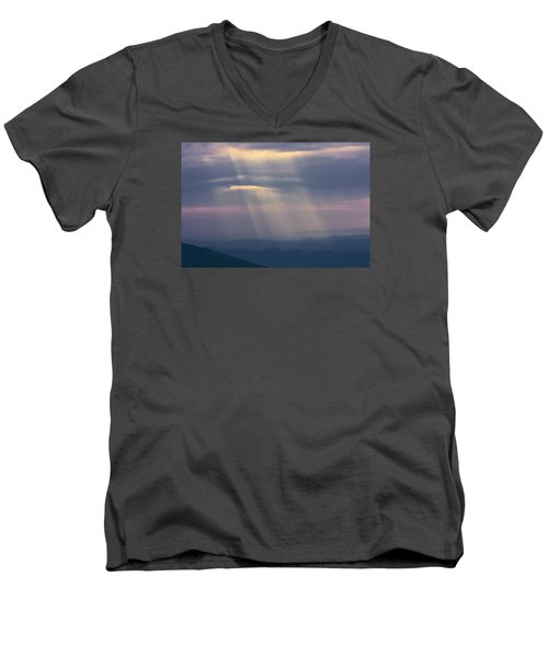 Mountain God Rays Men's V-Neck T-Shirt