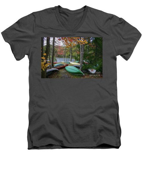 Mt. Gretna Canoes Men's V-Neck T-Shirt