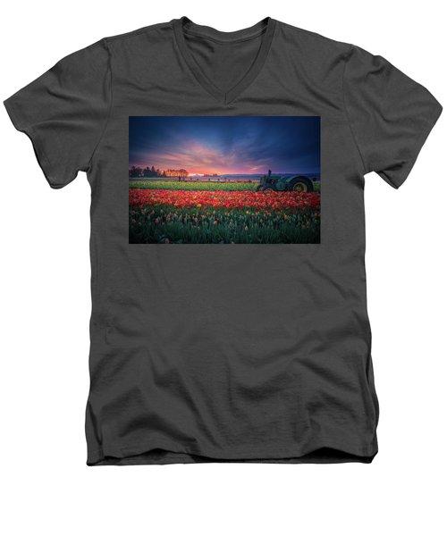 Mt. Hood And Tulip Field At Dawn Men's V-Neck T-Shirt