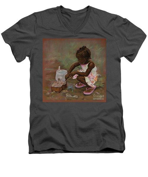 Mud Pies Men's V-Neck T-Shirt