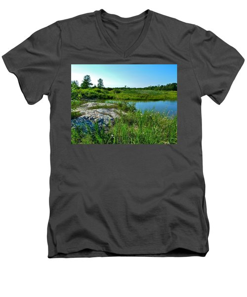 Muskoka Ontario 4 Men's V-Neck T-Shirt