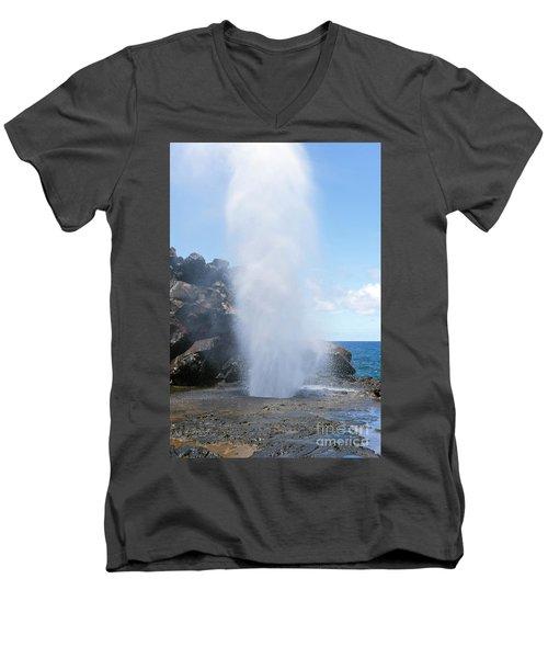 Nakalele Blowhole Men's V-Neck T-Shirt