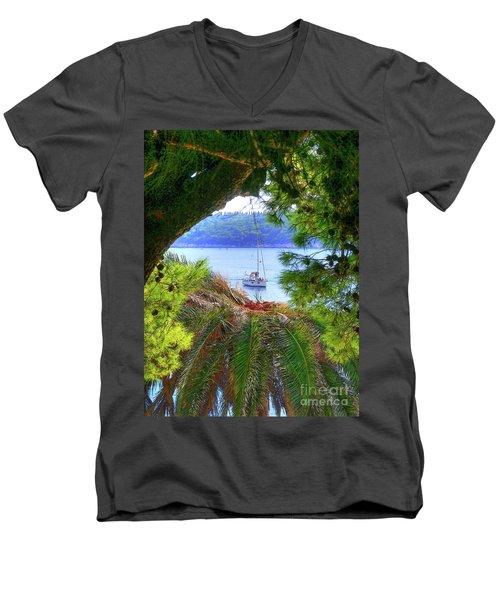 Nature Framed Boat Men's V-Neck T-Shirt