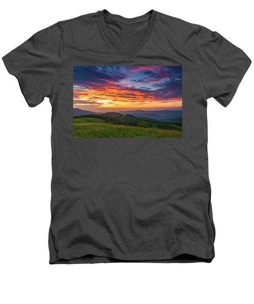 Nc Mts Sunrise Men's V-Neck T-Shirt