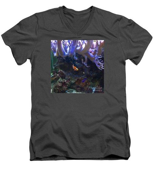 Nemo Look Alike Men's V-Neck T-Shirt