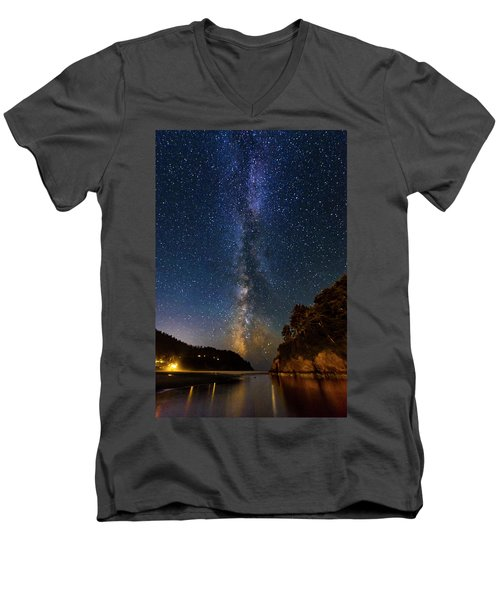 Neskowin Milky Way Men's V-Neck T-Shirt
