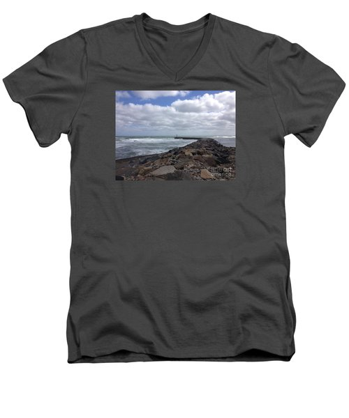 New England Jetty Men's V-Neck T-Shirt